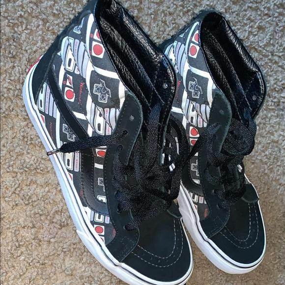 93f5b1b5f1 Vans Shoes - Nintendo vans